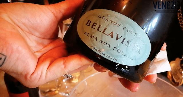 VinoVip2019 Cortina Venezie Channel Bottiglia Bellavista Alma non dosato grande cuvée