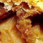 Lo strudel è il dolce vortice di mele racchiuse nella pasta sfoglia. Le sue origini e la sfoglia con i consigli di Aurora.