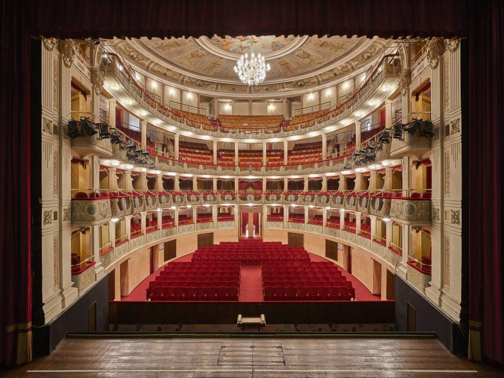 Palazzo Roncale per i Teatri del Polesine